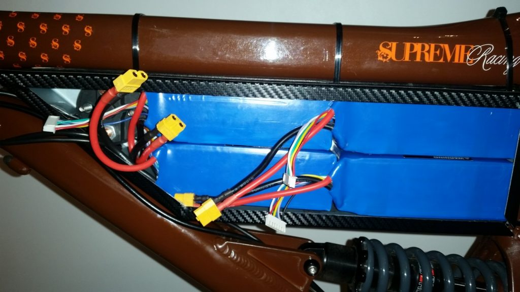 Åpen batteriboks